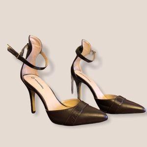 NWOT Altuzarra For Target Ankle Strap Pumps Brown